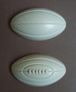 moule rugby 2 de 8 cm