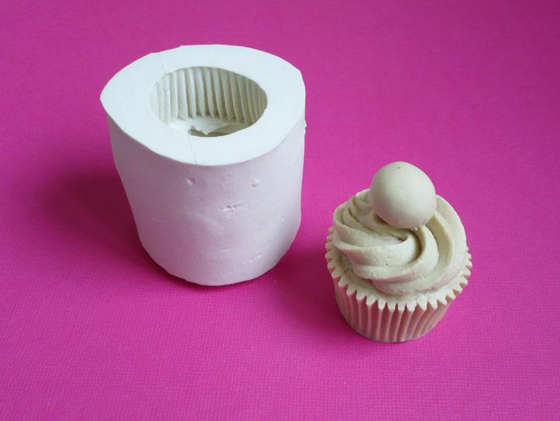 moule silicone cupcake cerise muffin
