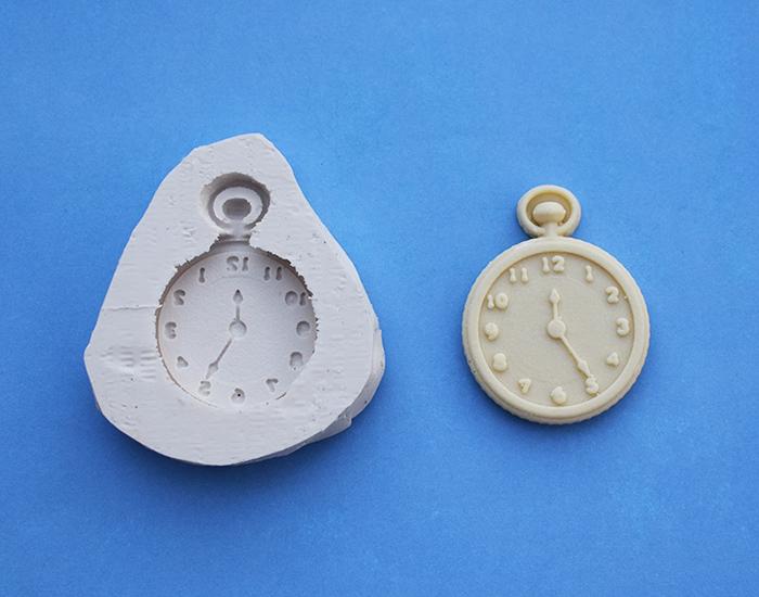 moule silicone montre à gousset