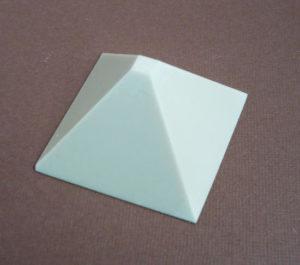 pyramide vide moule silicone
